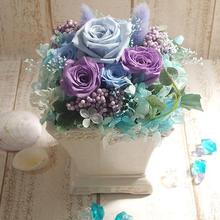 淡めのブルー・紫系で